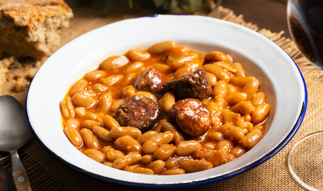 Fabada asturiana al estilo tradicional